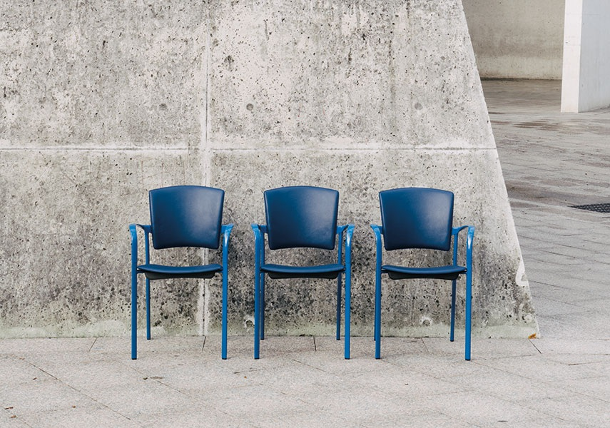 Eina Collections Timeless and simple style chairs
