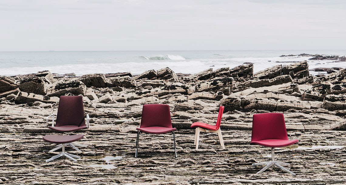 Lottus Longe Collection - chairs with elegant curves