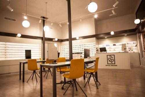 Lottus Spin, carisma y funcionalidad en Óptica Delgado — Enea Design