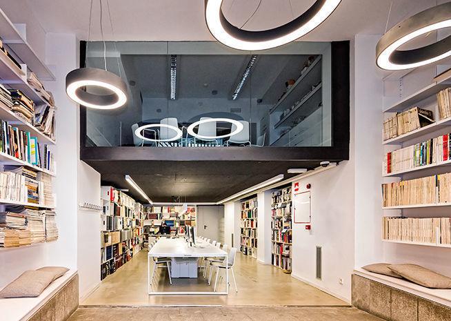 Lottus enea design LCI Barcelona biblioteca