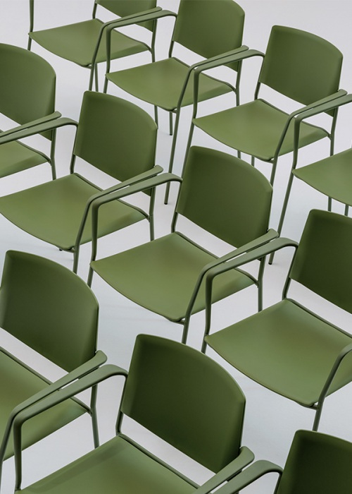 Enea presenta la silla Ema 4L — Enea Design