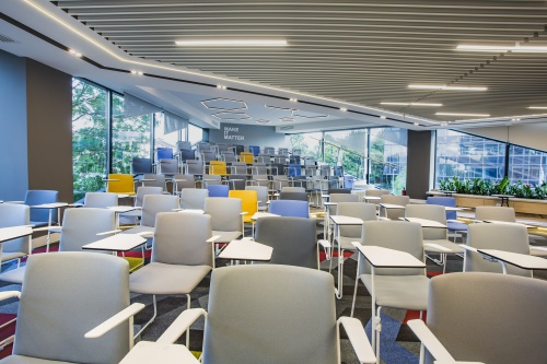 The Learning Center of Banca Transilvania, full of Ema chairs — Enea Design