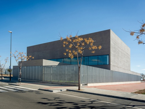 Pere Anguera Library: functionality and contemporary architecture — Enea Design
