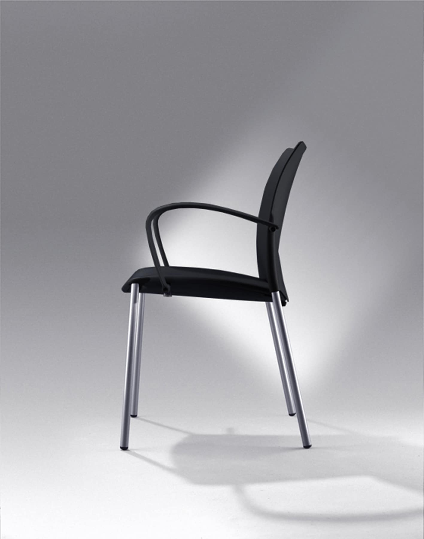 Global chaise