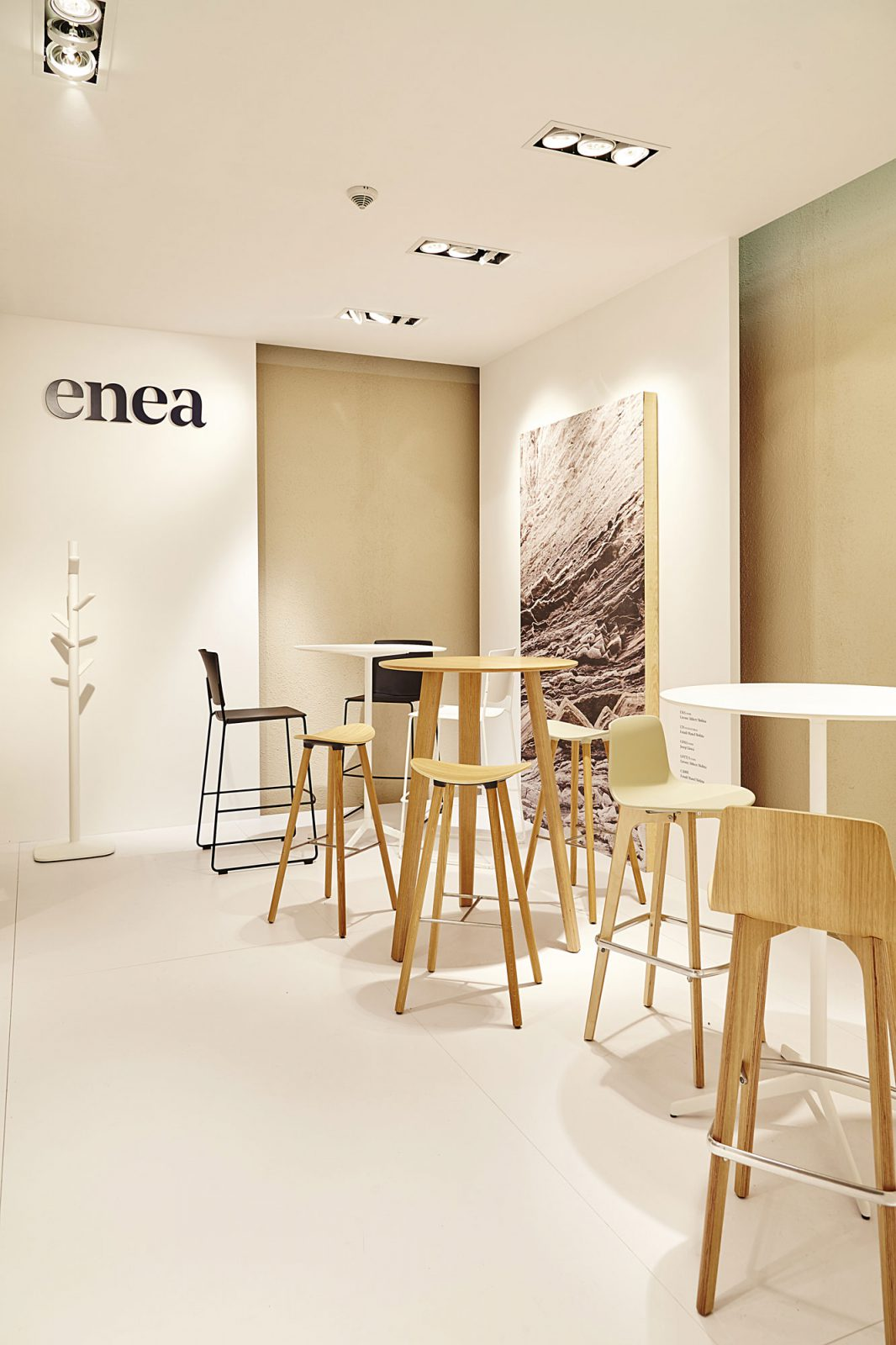 Lottus wood chair by enea design lievore altherr molina - Enea S Experience At Orgatec 2016 New Visions Of Work