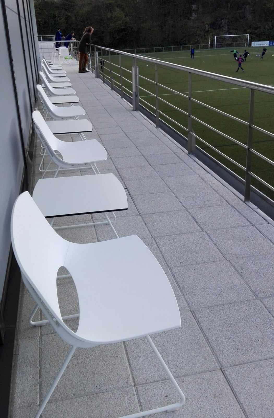 Harrobi bar real sociedad OH enea design