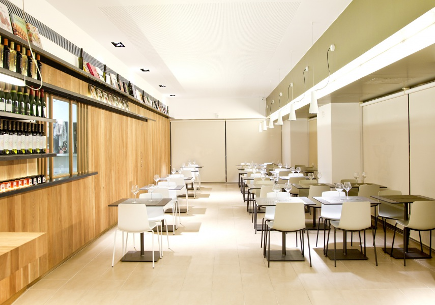Restaurante Cuina Miracle Vinoteca, Barcelona — Enea Design